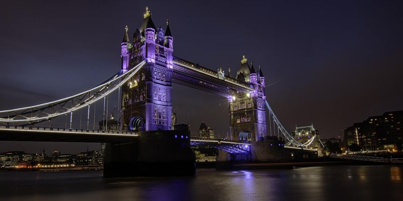 londen-tower-bridge-2013-hdr46A6FE3C-6C6B-17BE-96E4-26A919CC69B6.jpg